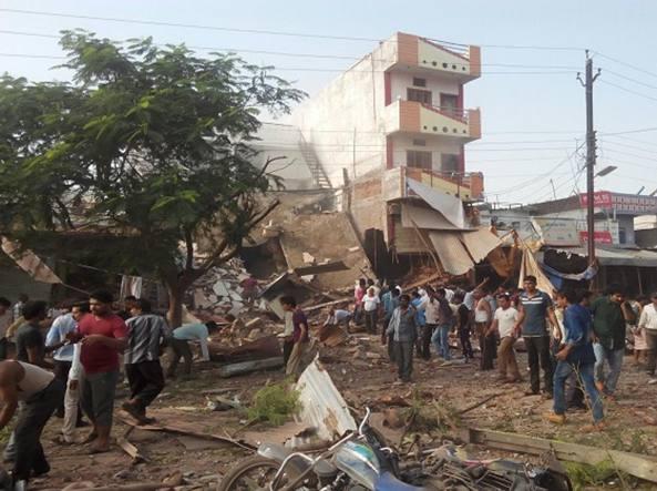esplosione india
